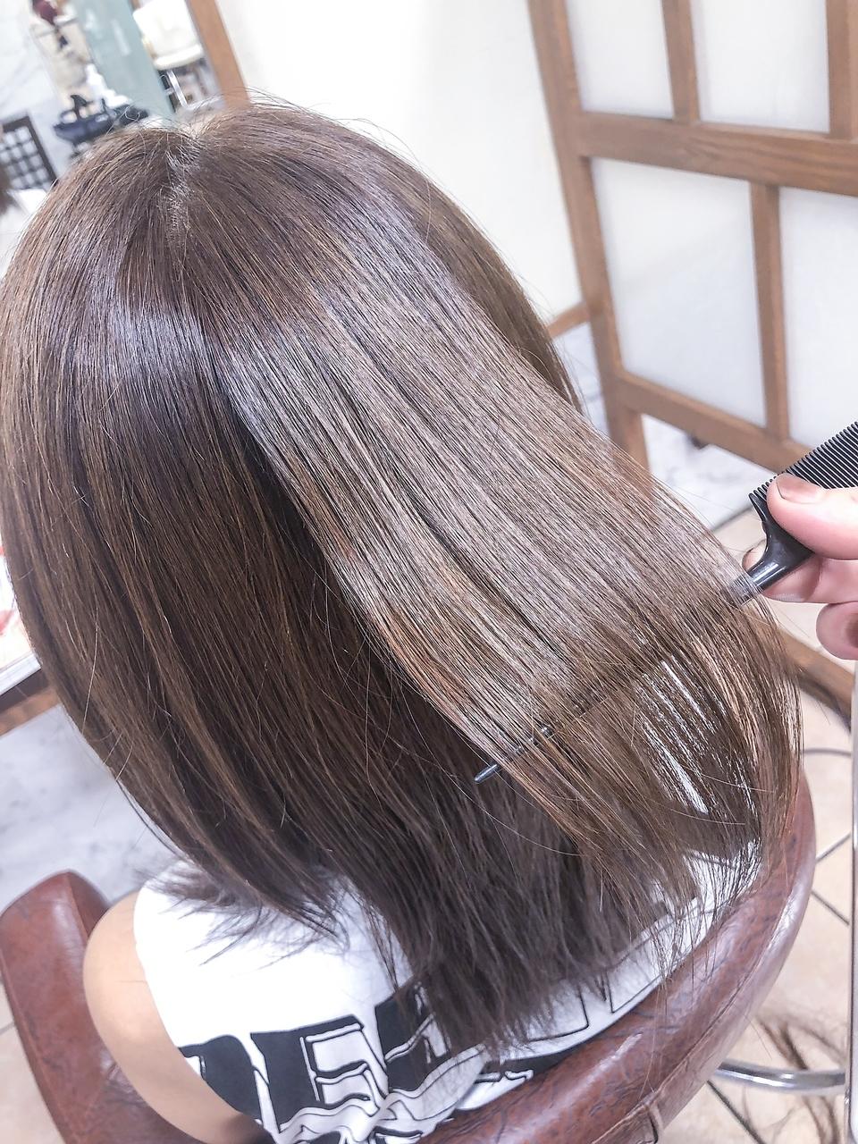 ブリーチで傷んだ髪にも施術可能な縮毛矯正!最高峰の髪質改善をご体感ください。