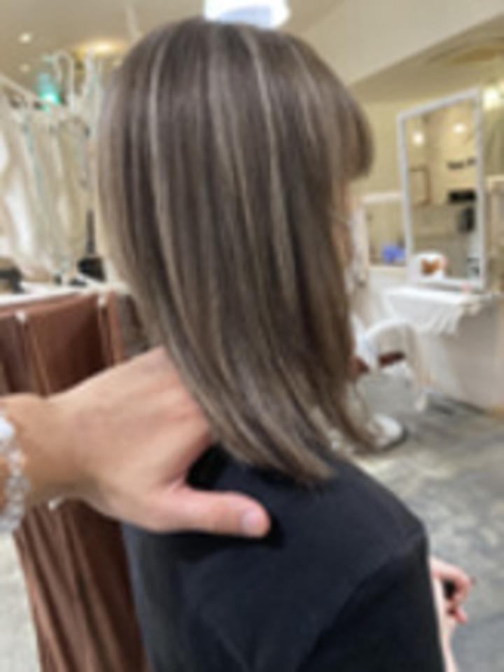 ハイライトカラーで見せるハイライト!が人気!「ナオシ美容室 北大和店」KOI担当