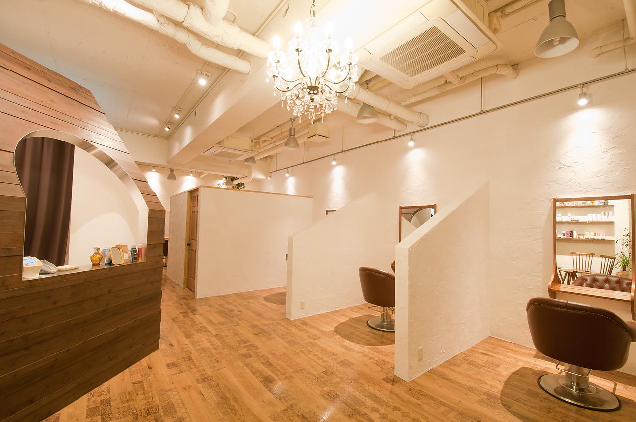 全席半個室!贅沢なリラックス空間で施術致します。