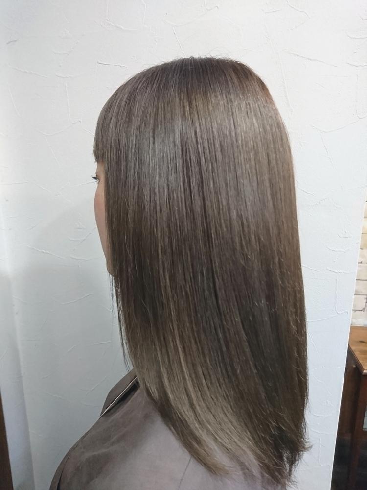 「髪質改善矯正」でダメージレスなストレートヘアへ!