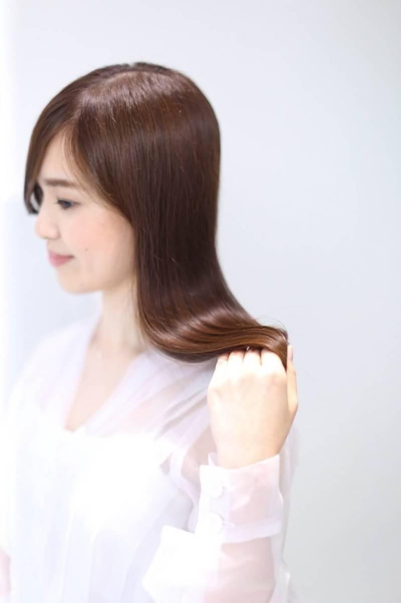 最高の質感と髪色を国内最高級の極上カラー、極上トリートメント20520円